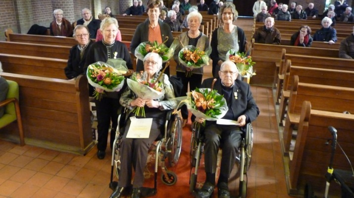 Huldiging leden Willibrordkoor Drempt