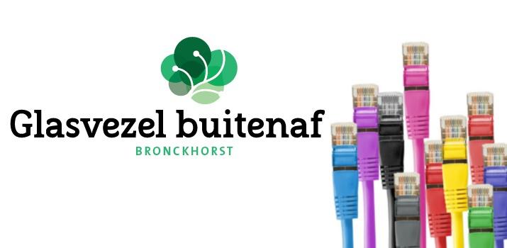 Netwerkkabels met logo Glasvezel buitenaf Bronckhorst