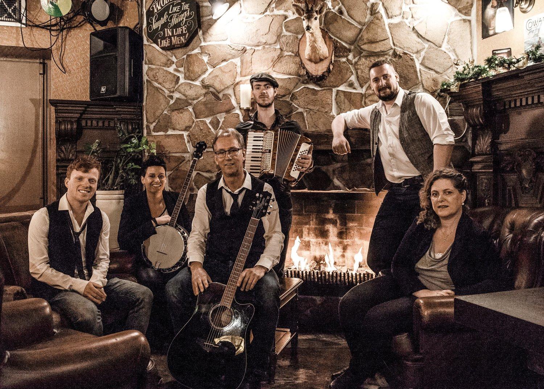 Folkband Lads 'n Lassies