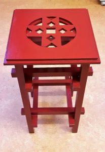 rood vierkant tafeltje
