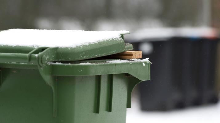 gft container in sneeuw